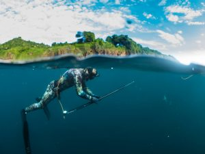 Spearfishing Bali, spearfishing bali, bali spearfishing, traditional hunting, tropical fish, what is spearfishing, amed spearfishing